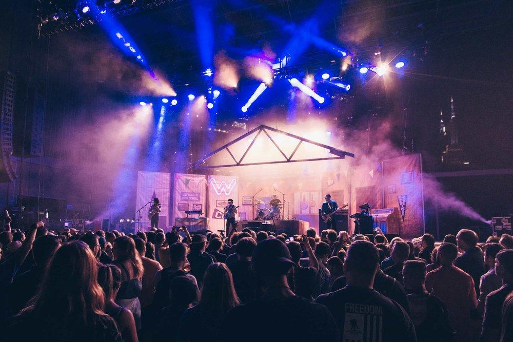 Weezer - Britton Strickland (4 of 15).jpg