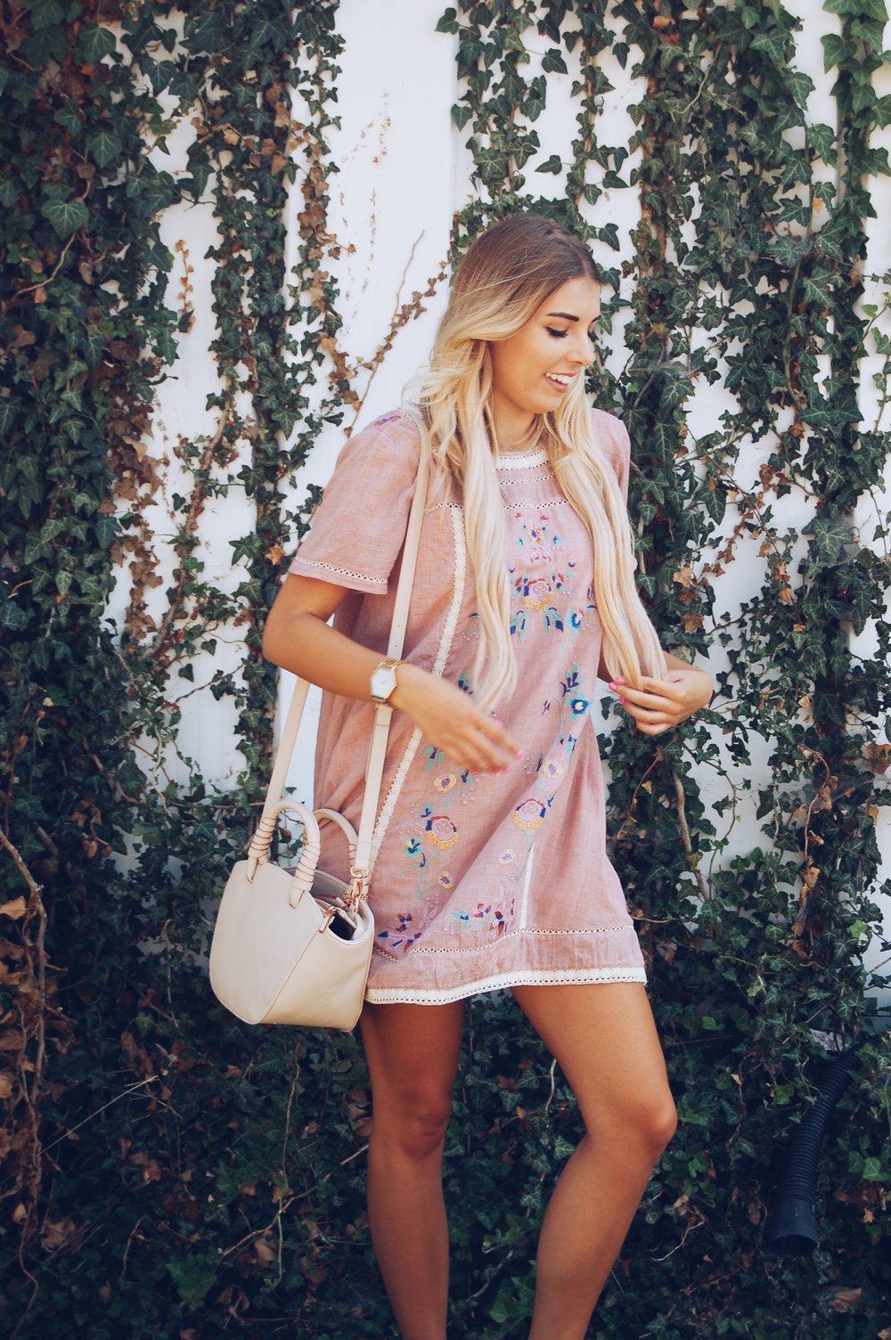 XO,  Sydney Lauren
