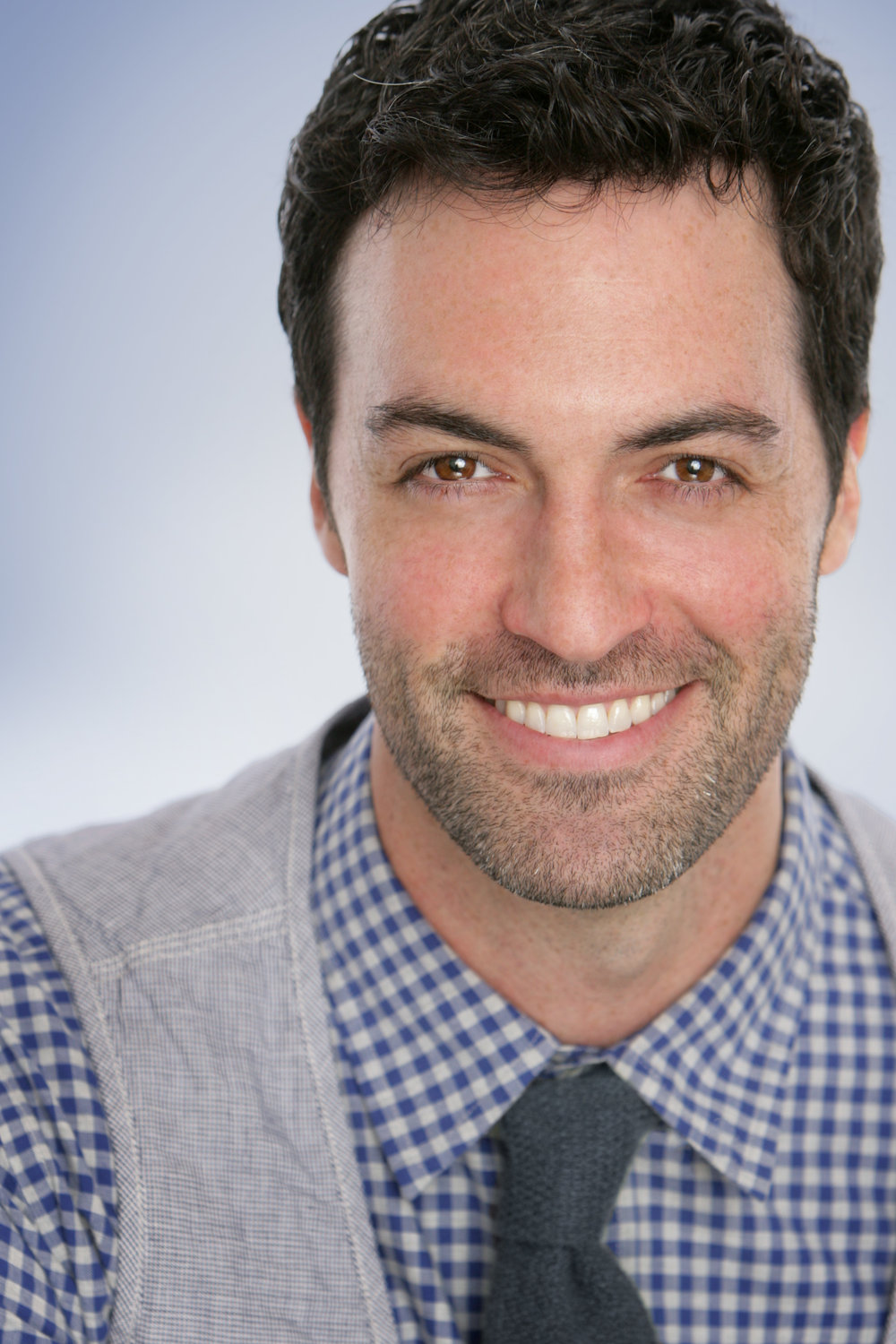 Reid Scott headshot by Shandon Photography