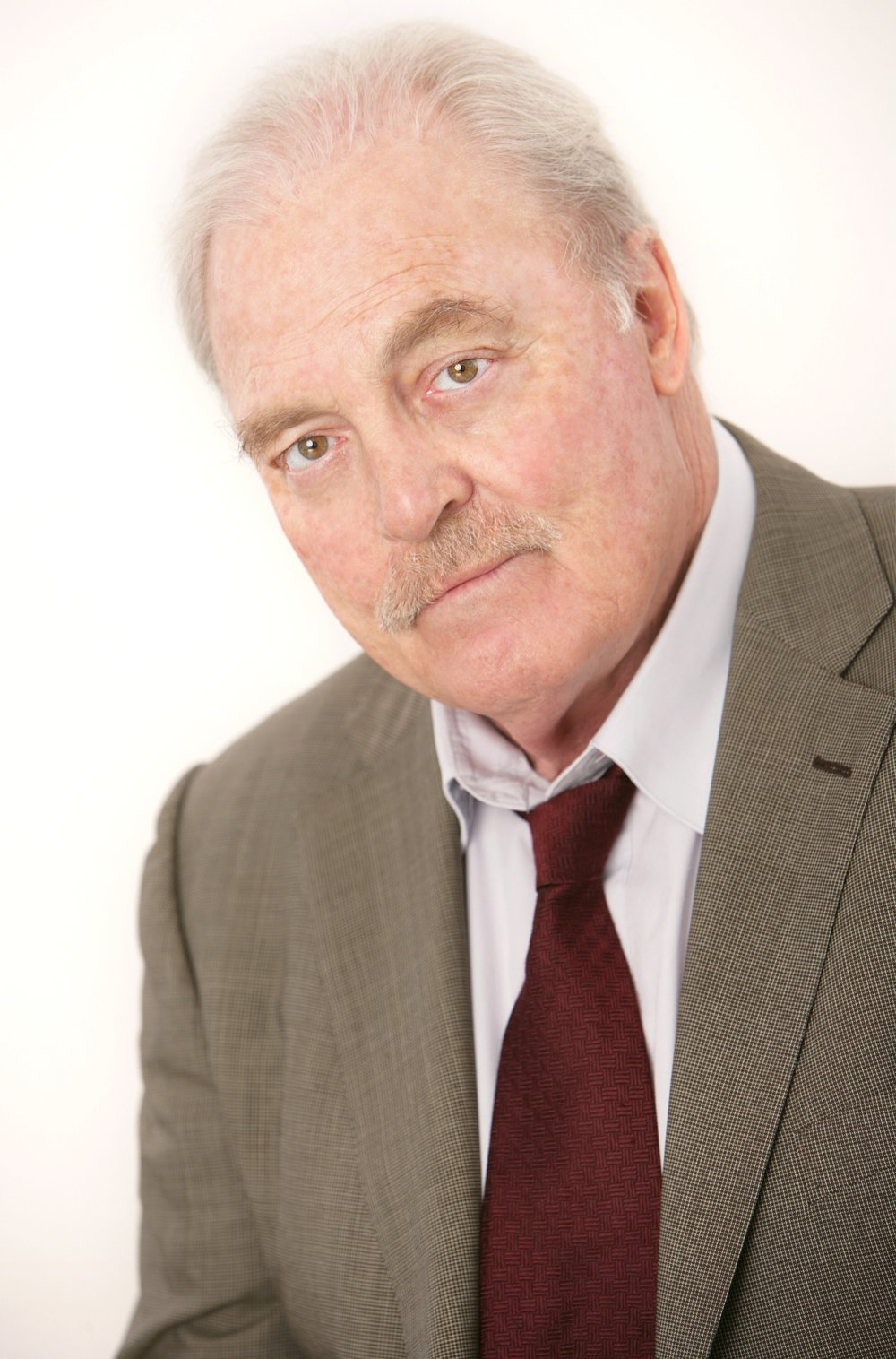 Stacy Keach headshot by Shandon Photography