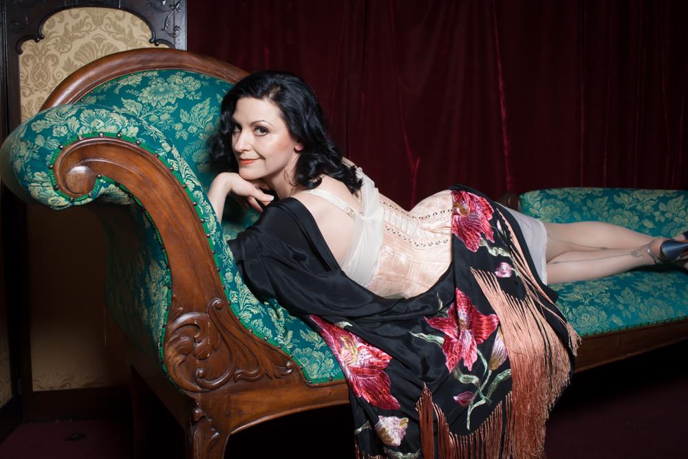 Underbust Victorian  bespoke corset | Model: Autumn Adamme | Photo © Chris Gaede