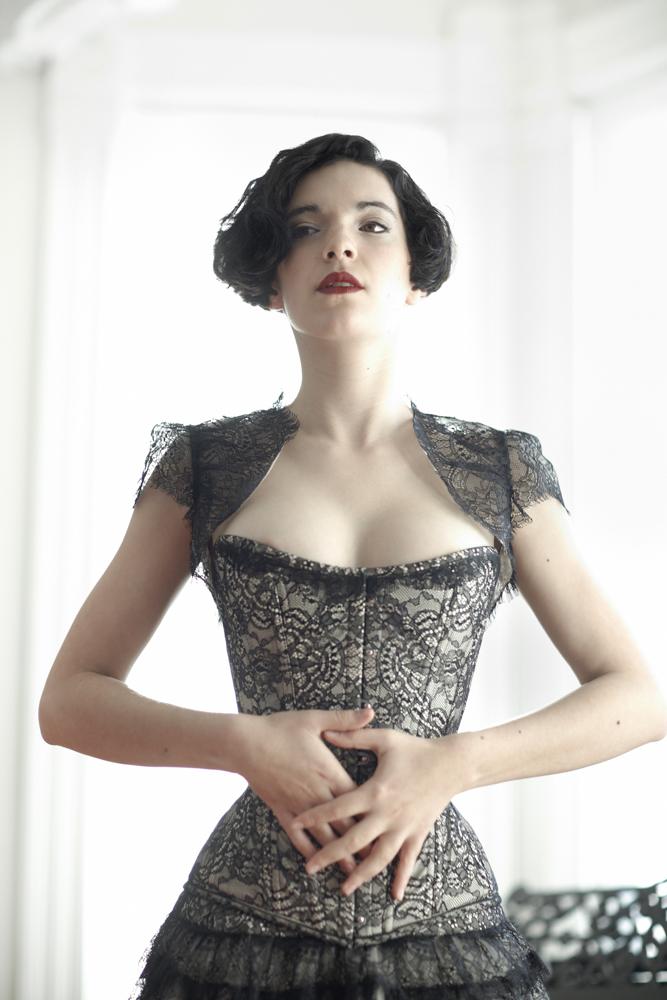_MG_9102_joelaron.com_joelaron.com Dark Garden Unique Corsetry Couture Nouveau Woman in Black Joel Aron.jpg