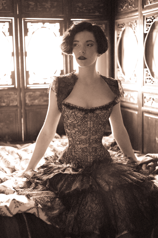 0015.L1005088.P1.joelaron.com Dark Garden Unique Corsetry Couture Nouveau Woman in Black Joel Aron.jpg