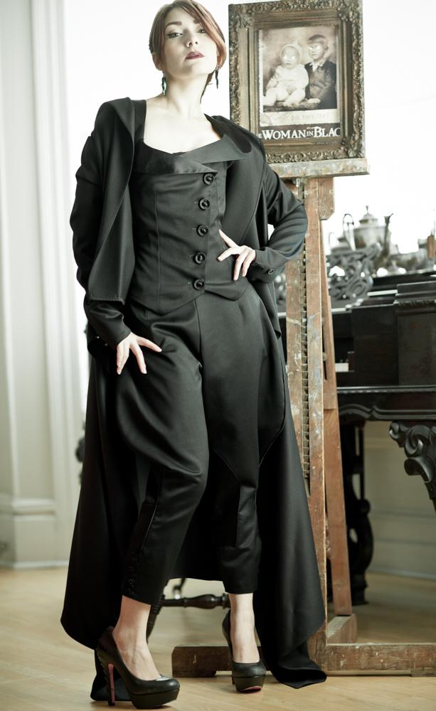 006.marianneSelects_joelaron.com Dark Garden Unique Corsetry Couture Nouveau Woman in Black Joel Aron.jpg