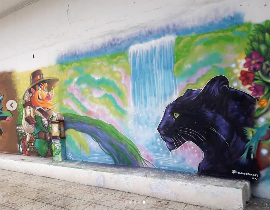 jaguar mural 5 - robbieallenart small.jpg
