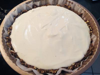 Yogurt filling - not overflowing edges