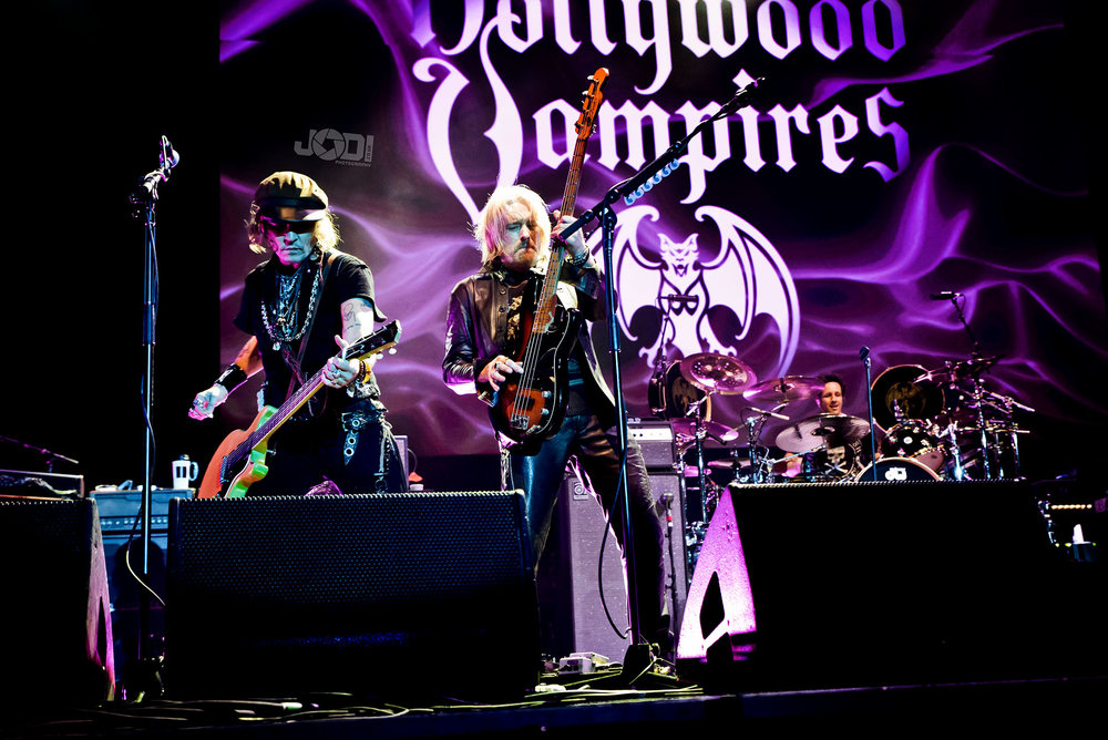 Hollywood Vampires at Birmingham Genting Arena by jodiphotography 8.jpg