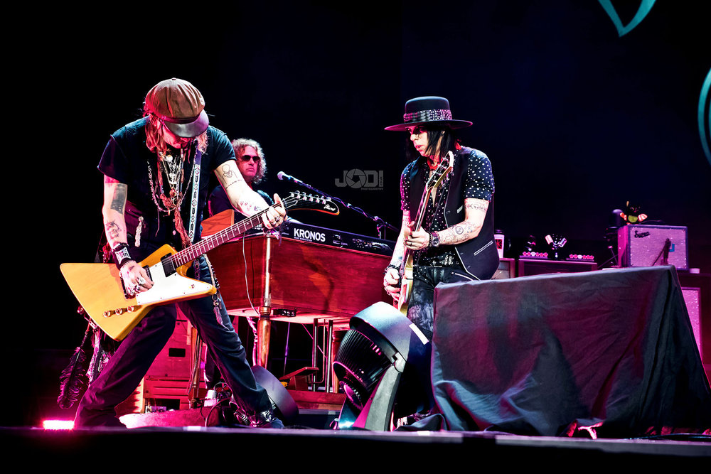 Hollywood Vampires at Birmingham Genting Arena by jodiphotography 12.jpg