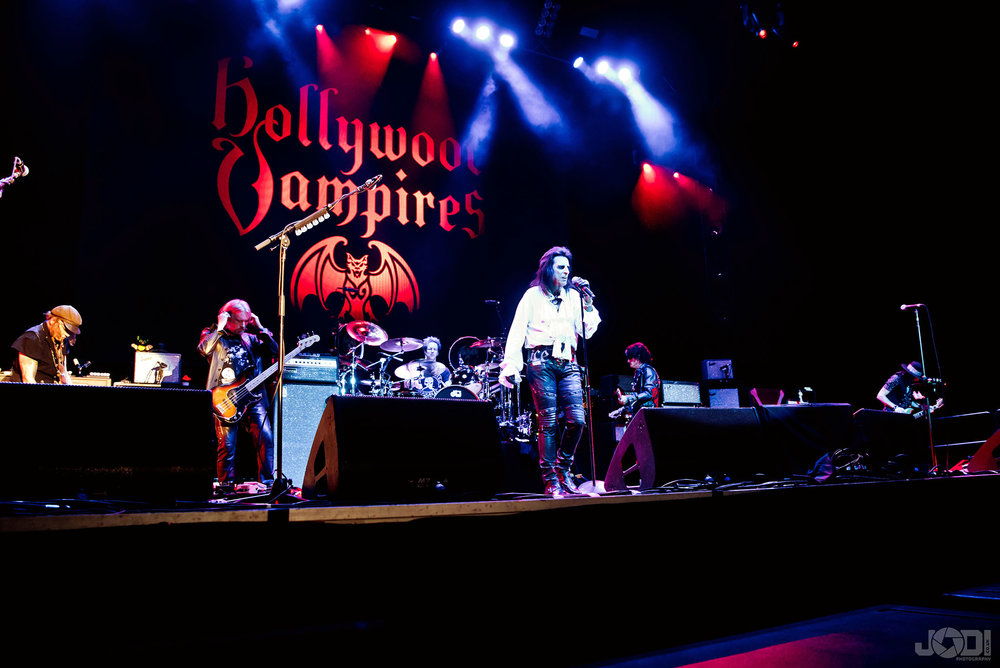 Hollywood Vampires at Birmingham Genting Arena by jodiphotography 20.jpg
