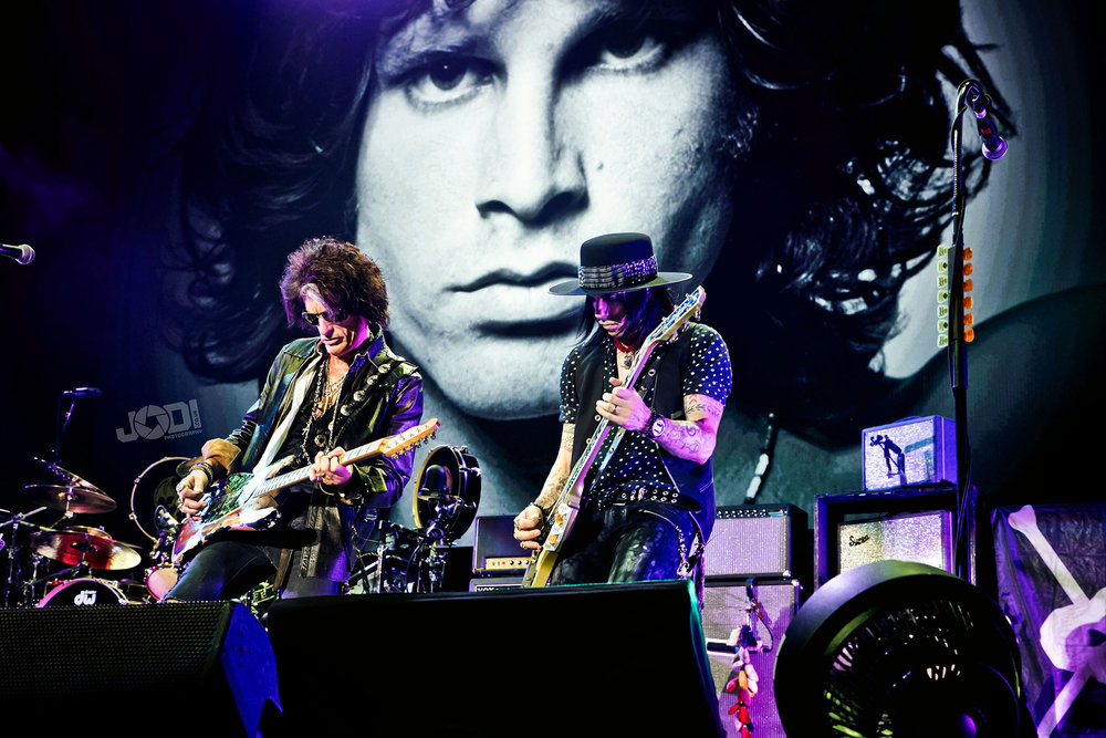 Hollywood Vampires at Birmingham Genting Arena by jodiphotography 22.jpg