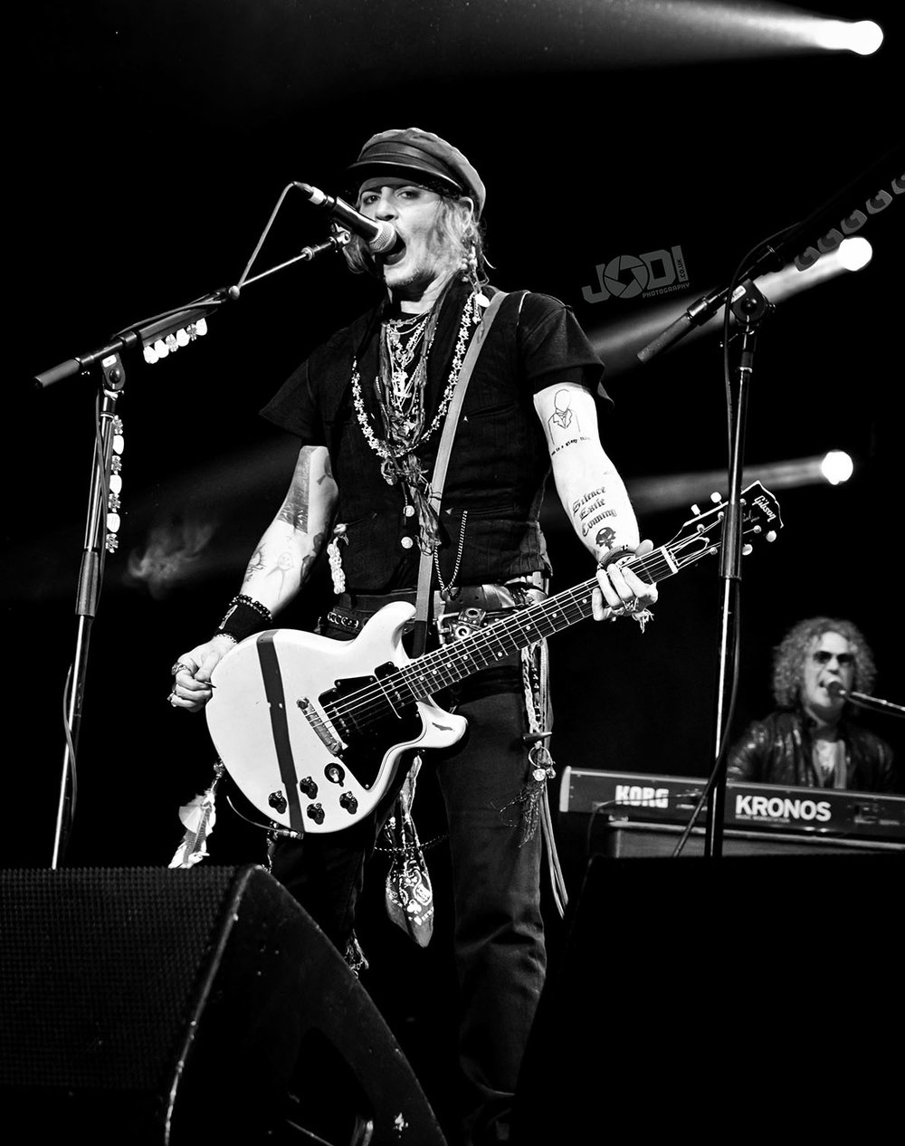 Hollywood Vampires at Birmingham Genting Arena by jodiphotography 26.jpg