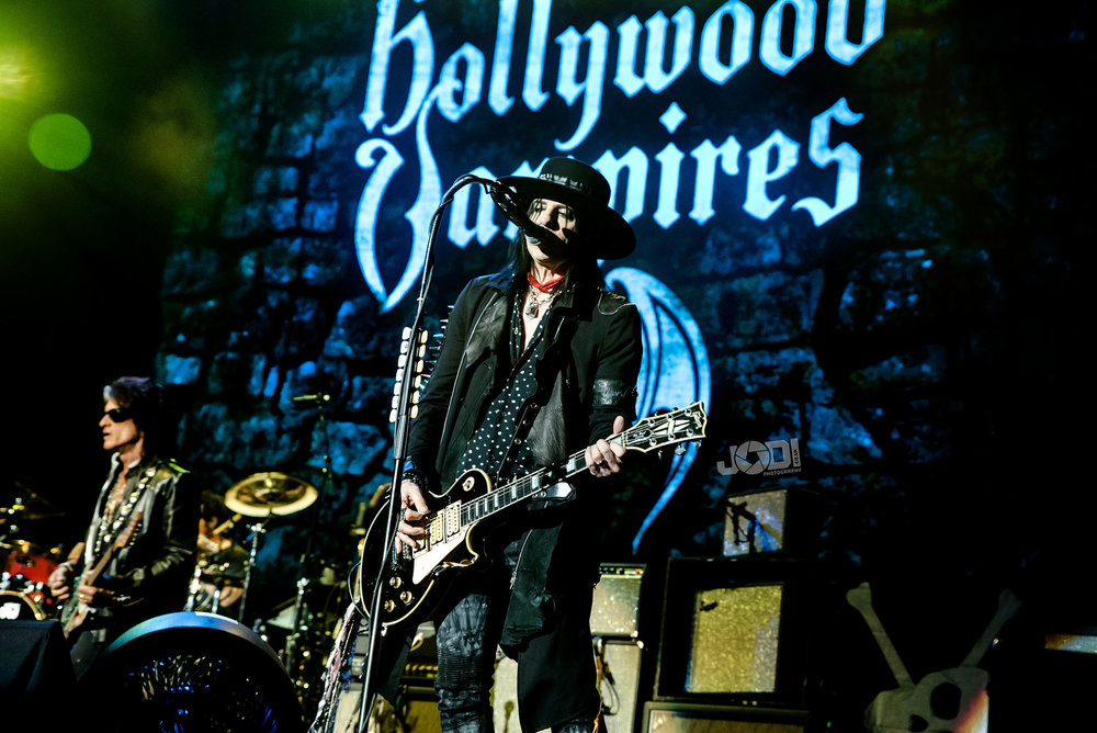 Hollywood Vampires at Birmingham Genting Arena by jodiphotography 47.jpg