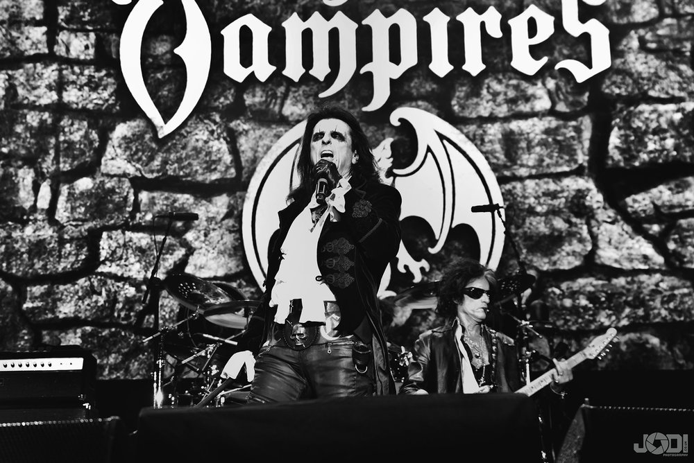 Hollywood Vampires at Birmingham Genting Arena by jodiphotography 50.jpg