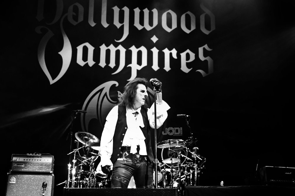 Hollywood Vampires at Birmingham Genting Arena by jodiphotography 61.jpg