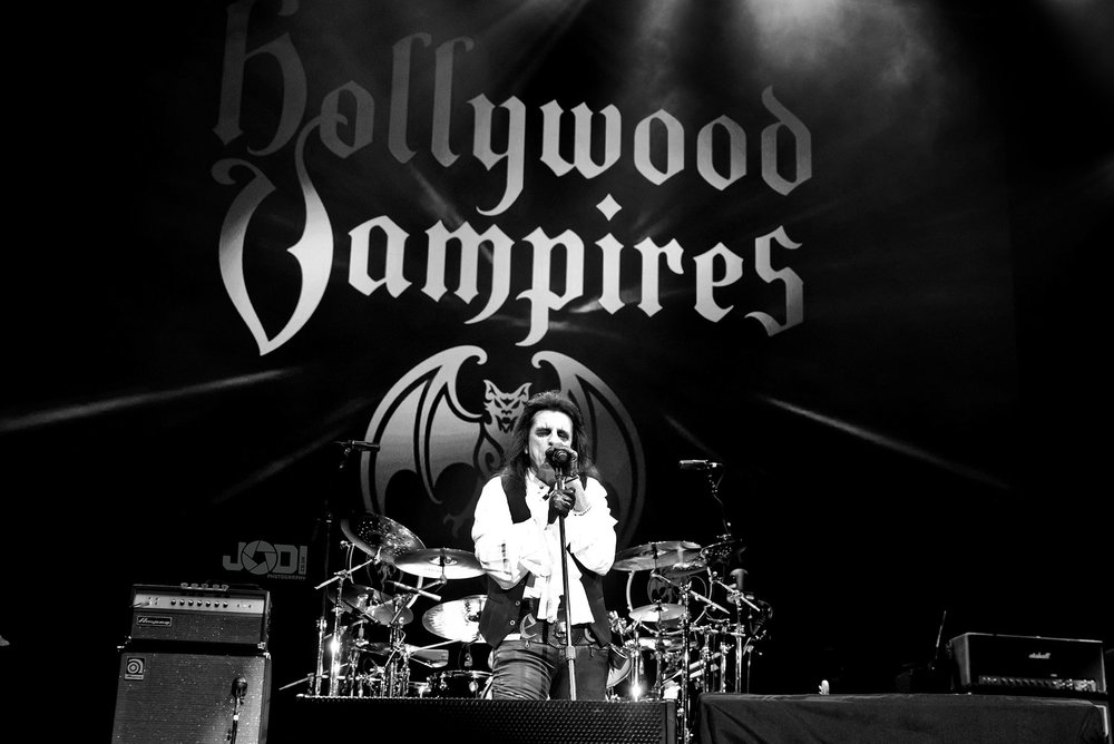 Hollywood Vampires at Birmingham Genting Arena by jodiphotography 63.jpg