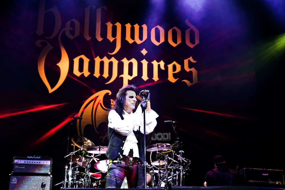 Hollywood Vampires at Birmingham Genting Arena by jodiphotography 62.jpg