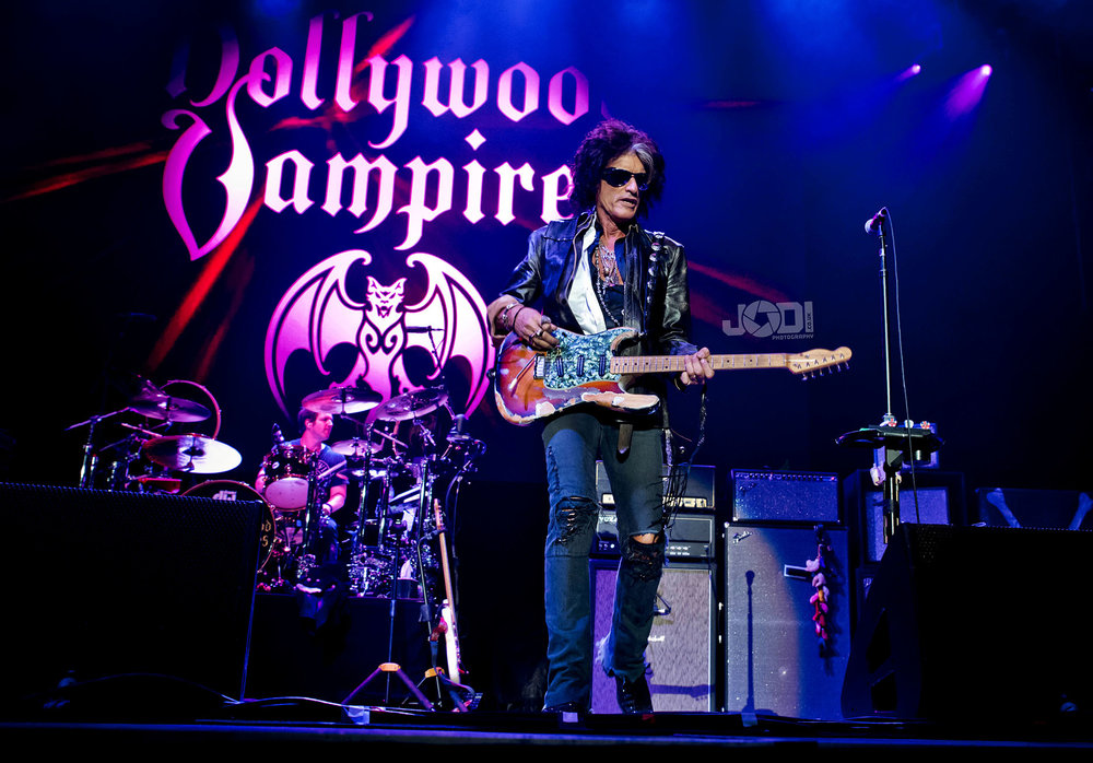 Hollywood Vampires at Birmingham Genting Arena by jodiphotography 64.jpg
