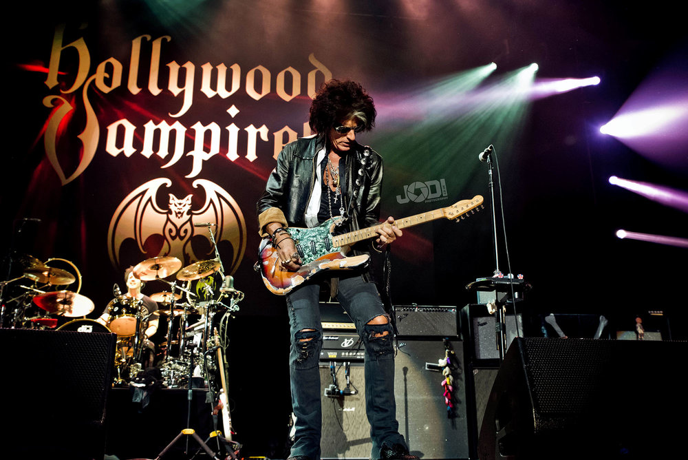 Hollywood Vampires at Birmingham Genting Arena by jodiphotography 66.jpg