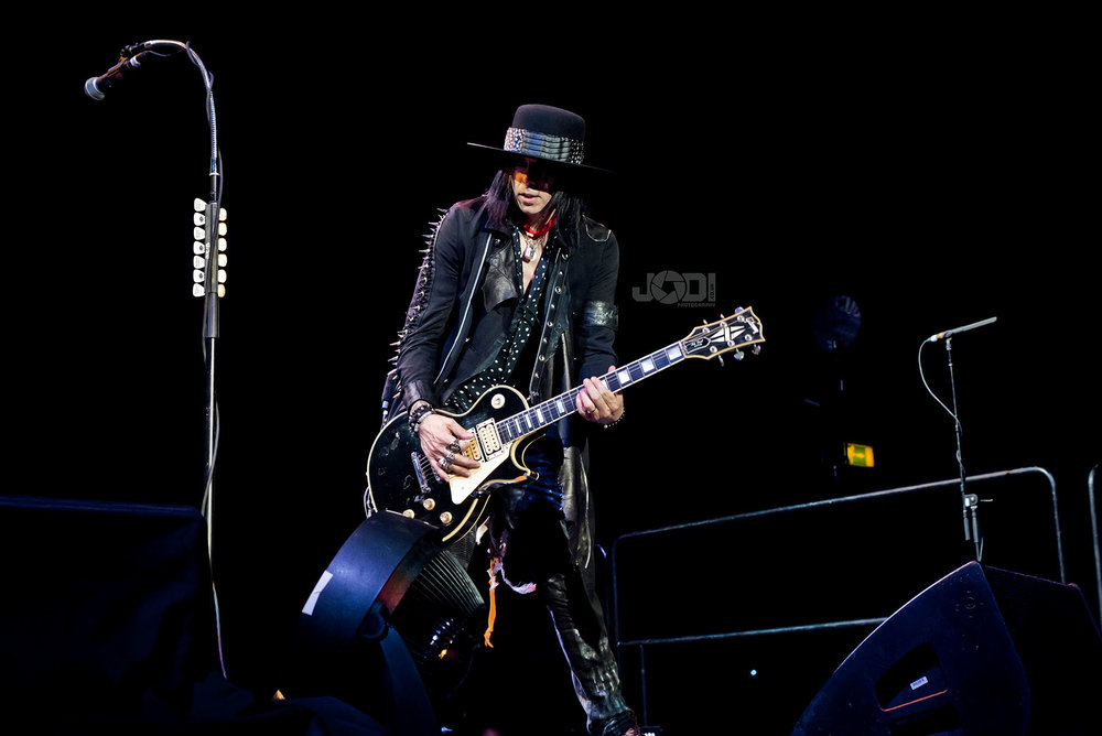 Hollywood Vampires at Birmingham Genting Arena by jodiphotography 69.jpg