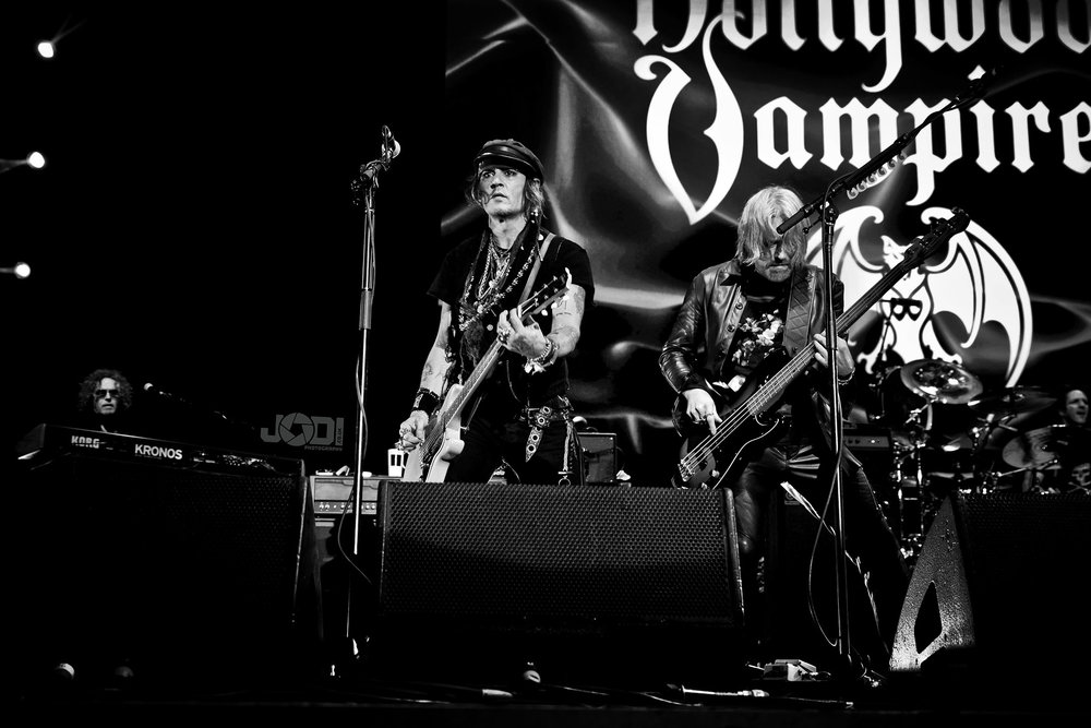 Hollywood Vampires at Birmingham Genting Arena by jodiphotography 84.jpg