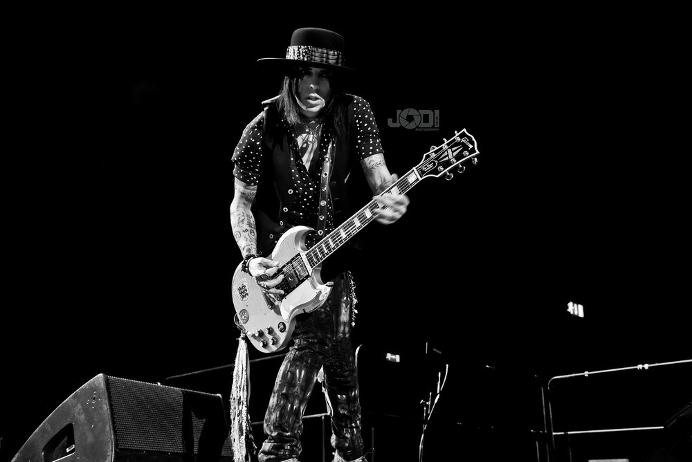 Hollywood Vampires at Birmingham Genting Arena by jodiphotography 110.jpg