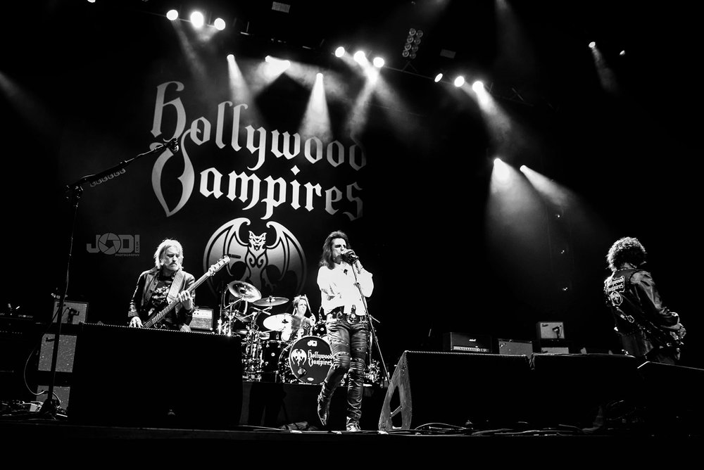 Hollywood Vampires at Birmingham Genting Arena by jodiphotography 111.jpg