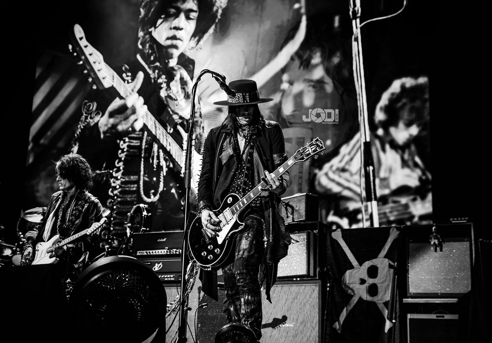 Hollywood Vampires at Birmingham Genting Arena by jodiphotography 114.jpg