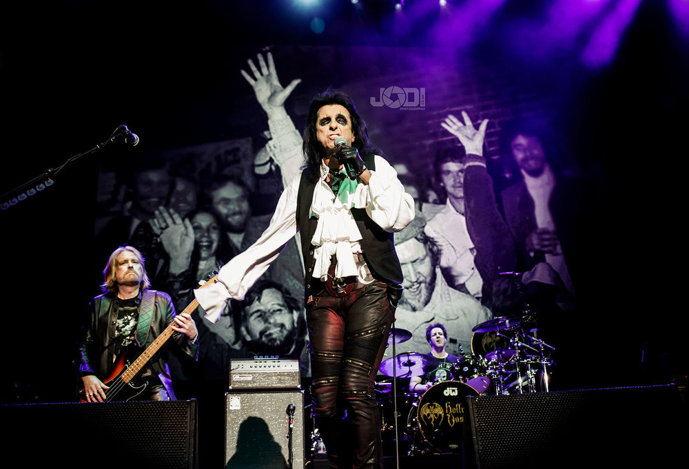 Hollywood Vampires at Birmingham Genting Arena by jodiphotography 116.jpg