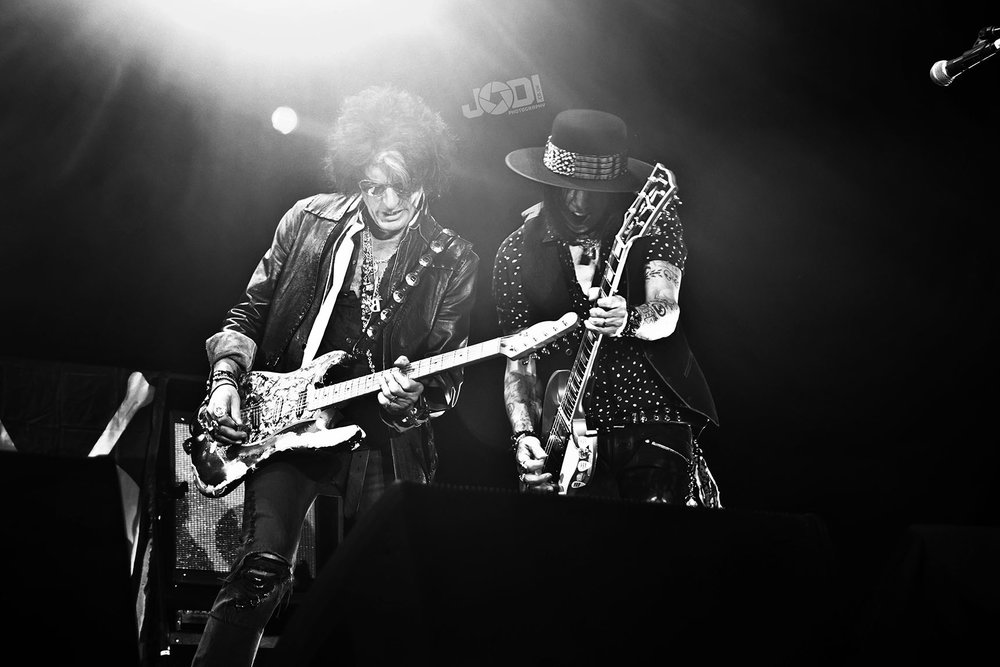 Hollywood Vampires at Birmingham Genting Arena by jodiphotography.jpg