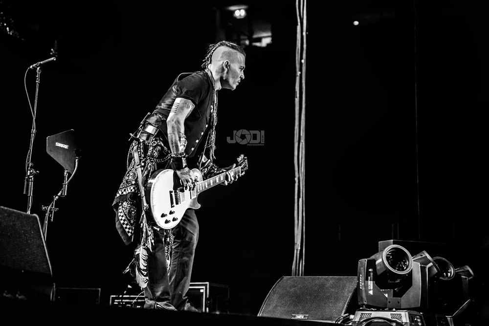 Hollywood Vampires at Manchester Arena 2018 by jodiphotography 10.jpg