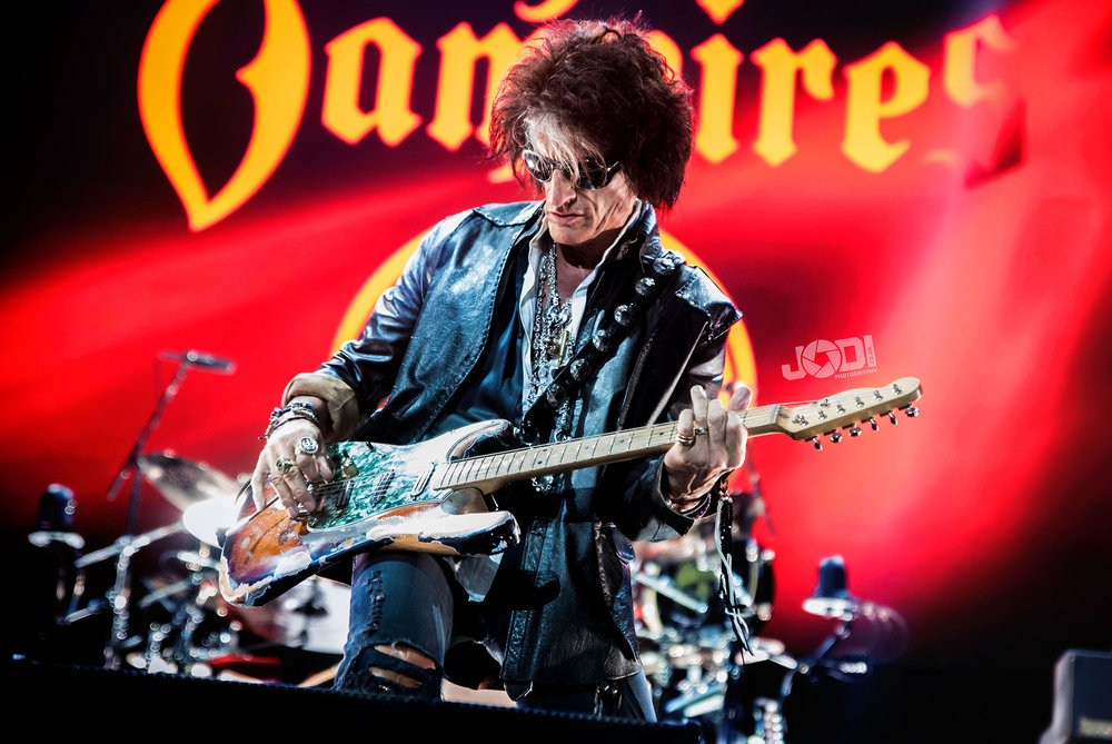 Hollywood Vampires at Manchester Arena 2018 by jodiphotography 20.jpg