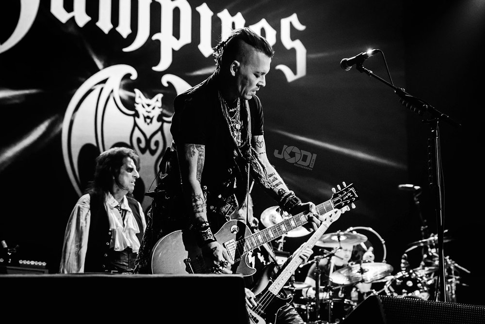 Hollywood Vampires at Manchester Arena 2018 by jodiphotography 25.jpg