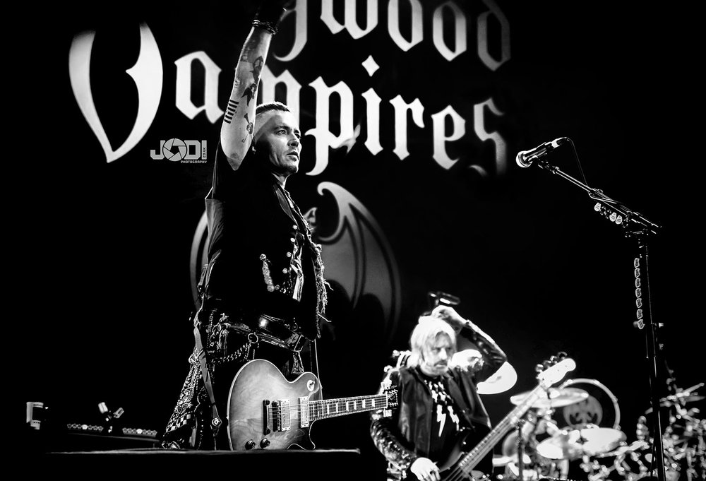 Hollywood Vampires at Manchester Arena 2018 by jodiphotography 34.jpg