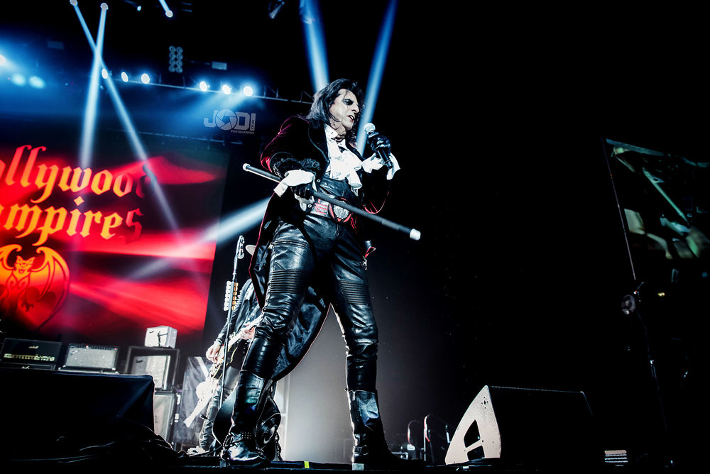 Hollywood Vampires at Manchester Arena 2018 by jodiphotography 68.jpg