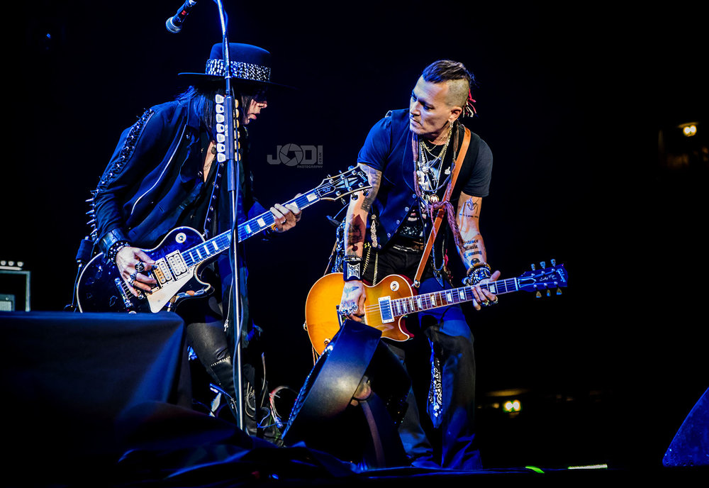 Hollywood Vampires at Manchester Arena 2018 by jodiphotography 71.jpg