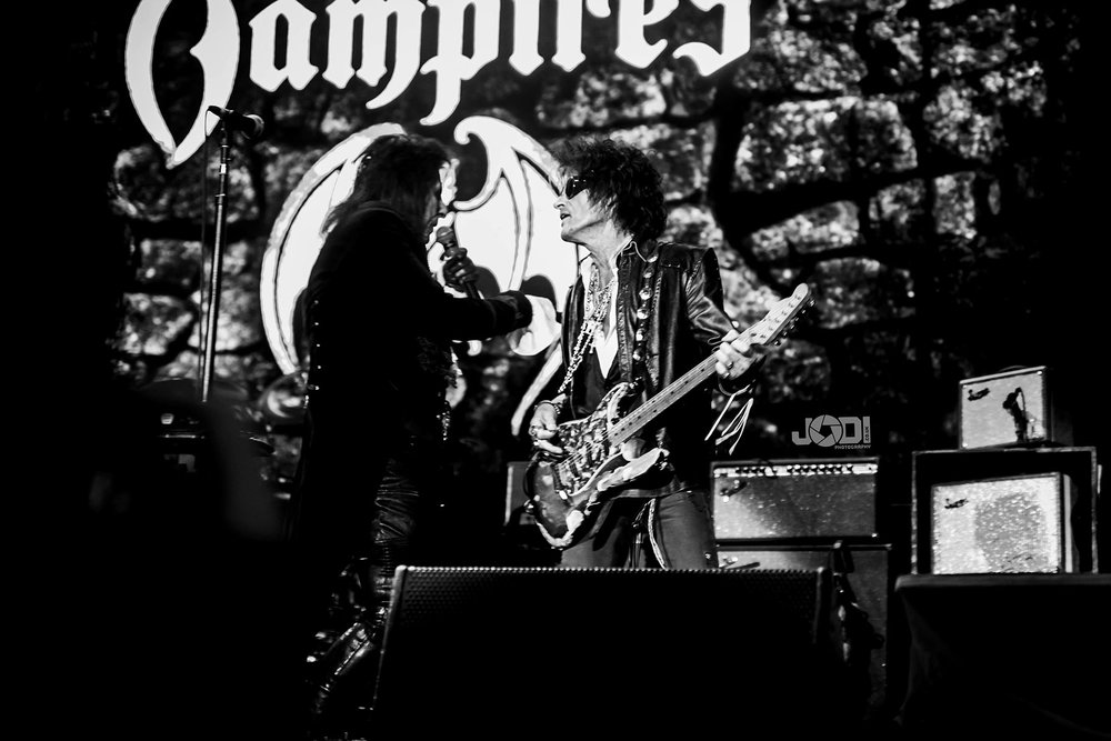 Hollywood Vampires at Manchester Arena 2018 by jodiphotography 84.jpg