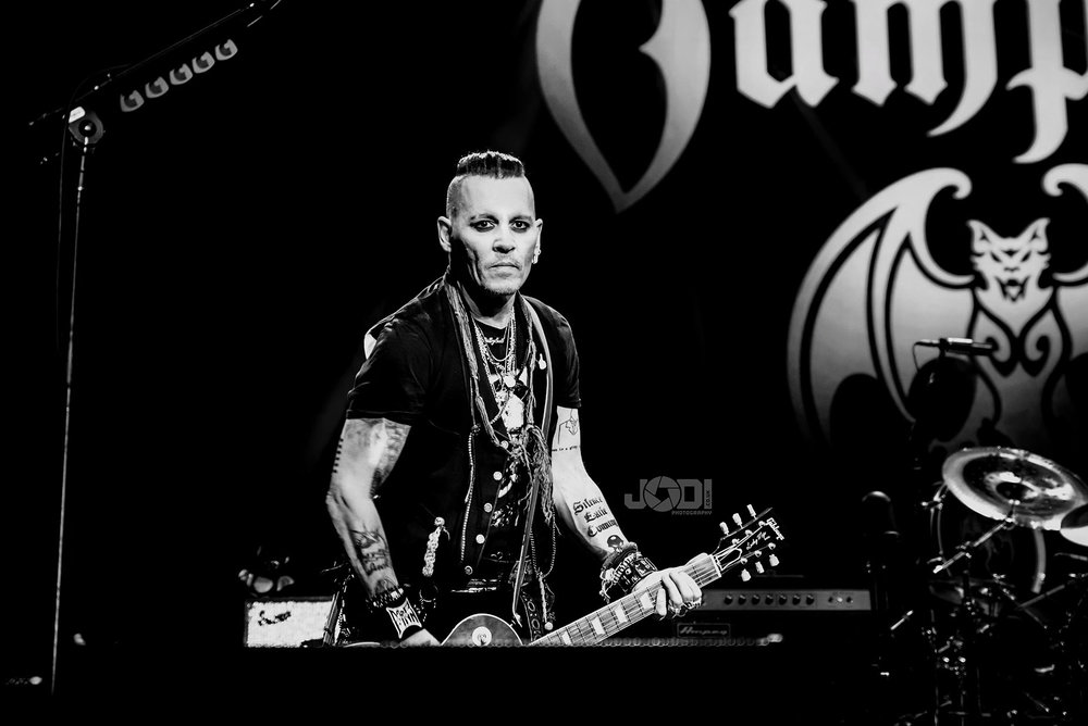 Hollywood Vampires at Manchester Arena 2018 by jodiphotography 87.jpg