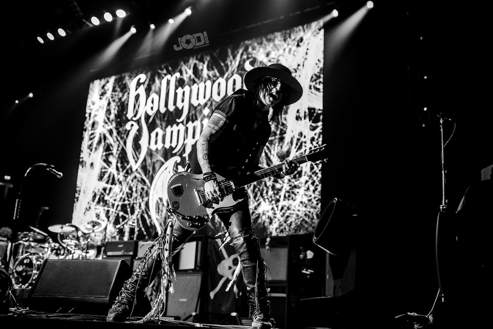Hollywood Vampires at Manchester Arena 2018 by jodiphotography 95.jpg