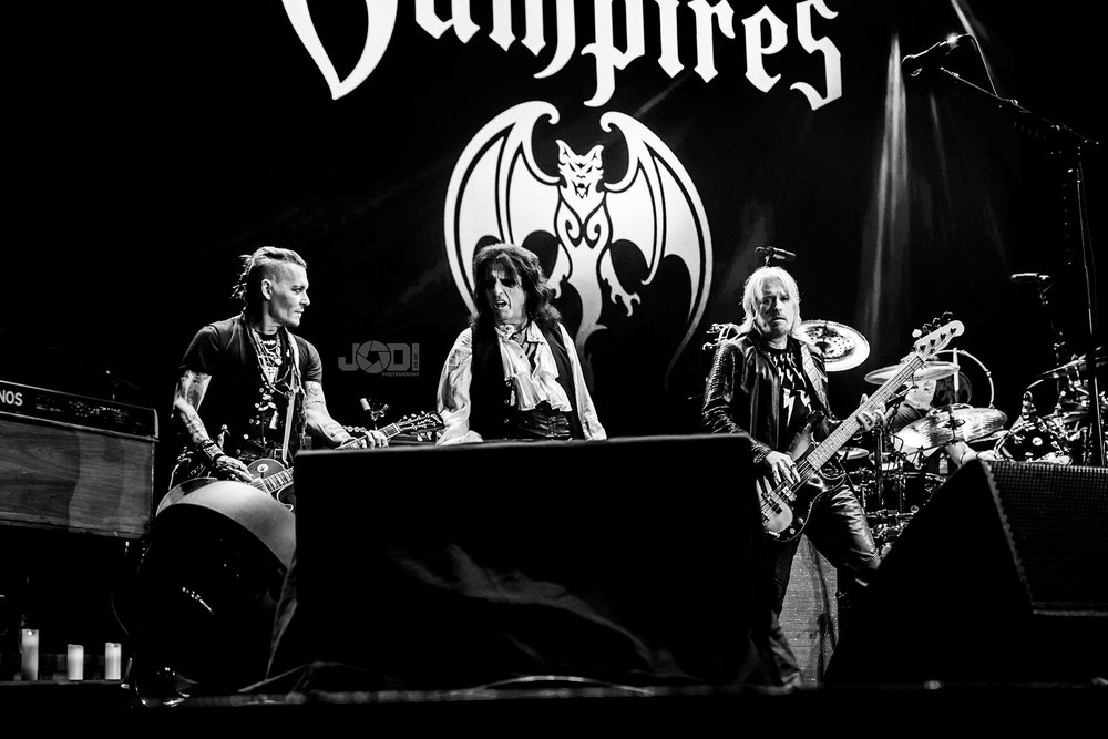 Hollywood Vampires at Manchester Arena 2018 by jodiphotography 97.jpg