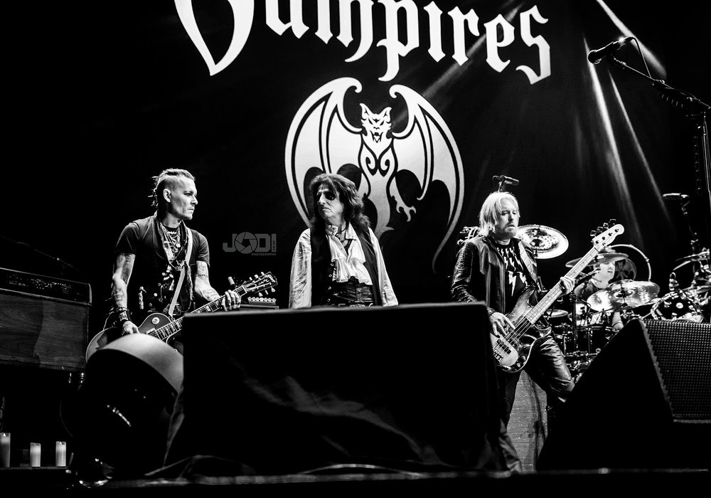 Hollywood Vampires at Manchester Arena 2018 by jodiphotography 99.jpg