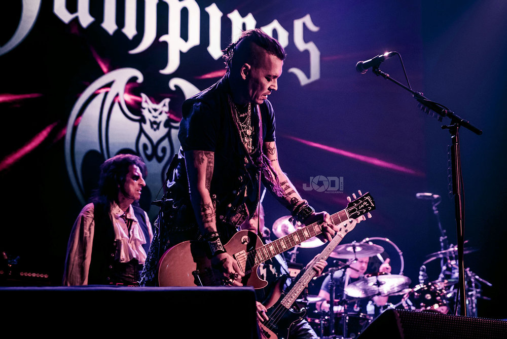 Hollywood Vampires at Manchester Arena 2018 by jodiphotography 101.jpg