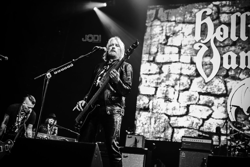 Hollywood Vampires at Manchester Arena 2018 by jodiphotography 117.jpg