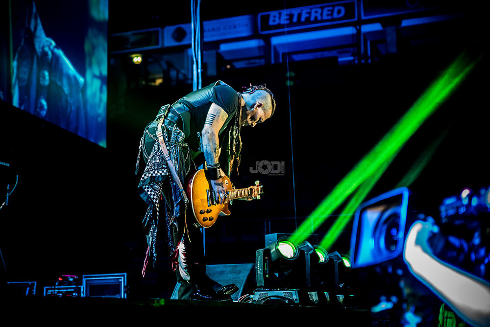 Hollywood Vampires at Manchester Arena 2018 by jodiphotography 118.jpg