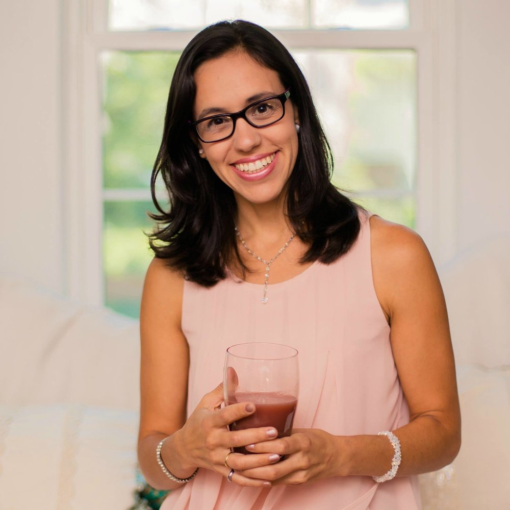 Lennis Perez  is a women's wellness consultant, chemical engineer and certified in plant-based nutrition. She helps professional women smoothly transition into a healthier lifestyle without getting overwhelmed so they can find balance and purpose in their life. Through her 4 essential pillars of wellness program she has helped multiple women experience ease and joy in a sustainable way for lifetime results.