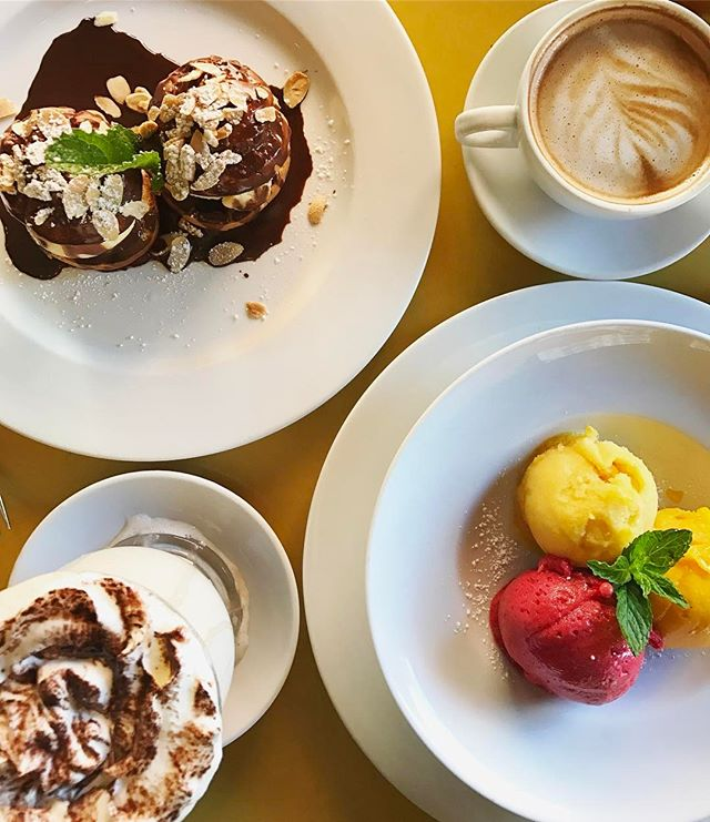 Here's to all the moms who passed down those sweettooth genes, thanks for making life so sweet! #mothersday . . . . . . #cafedalsace #dessert #sweets #brunch #lunch #breakfast #weekend #sunday #coffee #yum #frenchfood #frenchbistro #feedfeed #eaterny #eeeeeats #emdailypic #foodgawker #f52grams #nyceats #nycrestaurants #newforkcity #nyc #ues