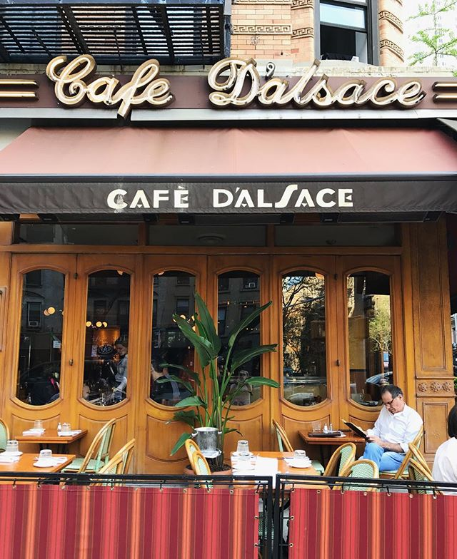 It certainly feels like summer today! Come cool off on our patio with a nice cold drink! #cafedalsace . . . . . . #warmweather #spring #summer #outdoorseating #feedfeed #eaterny #eatingnyc #emdailypic #foodgawker #thrillist #newforkcity #nycrestaurants #uppereastside #nyc #ues