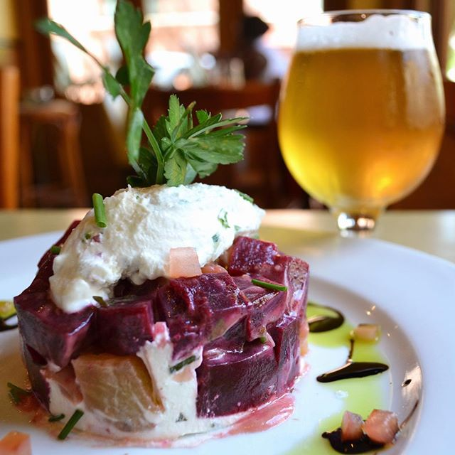 There's a long history of good beer here at Cafe d'Alsace, and there's nothing better than finding the perfect pairing. Our favorite pairing this week is our Farmer's Beet Salad with local rockstar brewery @grimmales' 'Liquid Crystal' Saison (now on tap at Cafe d'Alsace). Check out today's story for more info about this pairing made in heaven 🙏 #cafedalsace #locallove . . . . . #localbeer #craftbeer #beergeek #beerstagram #beerlover #brooklyn #newyorkcity #nyccraftbeer #drinklocal #grimmales #nyc #ues #eatupnewyork #heresmyfood #cheese #nycrestaurants #brewery #eaterny #eeeeeats #feedfeed #buzzfeast #thrillist #thirstynyc #sommelier #bartender