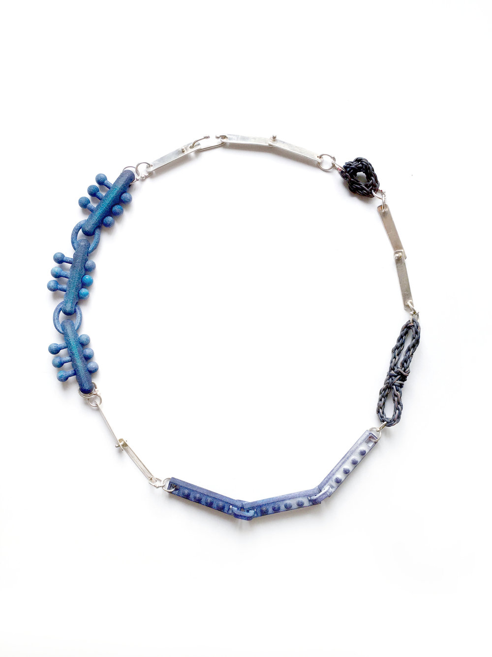18%22_Tri Stack_Necklace_Navy_Blue.jpg