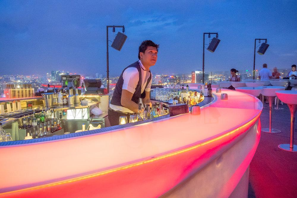 Sky bartender