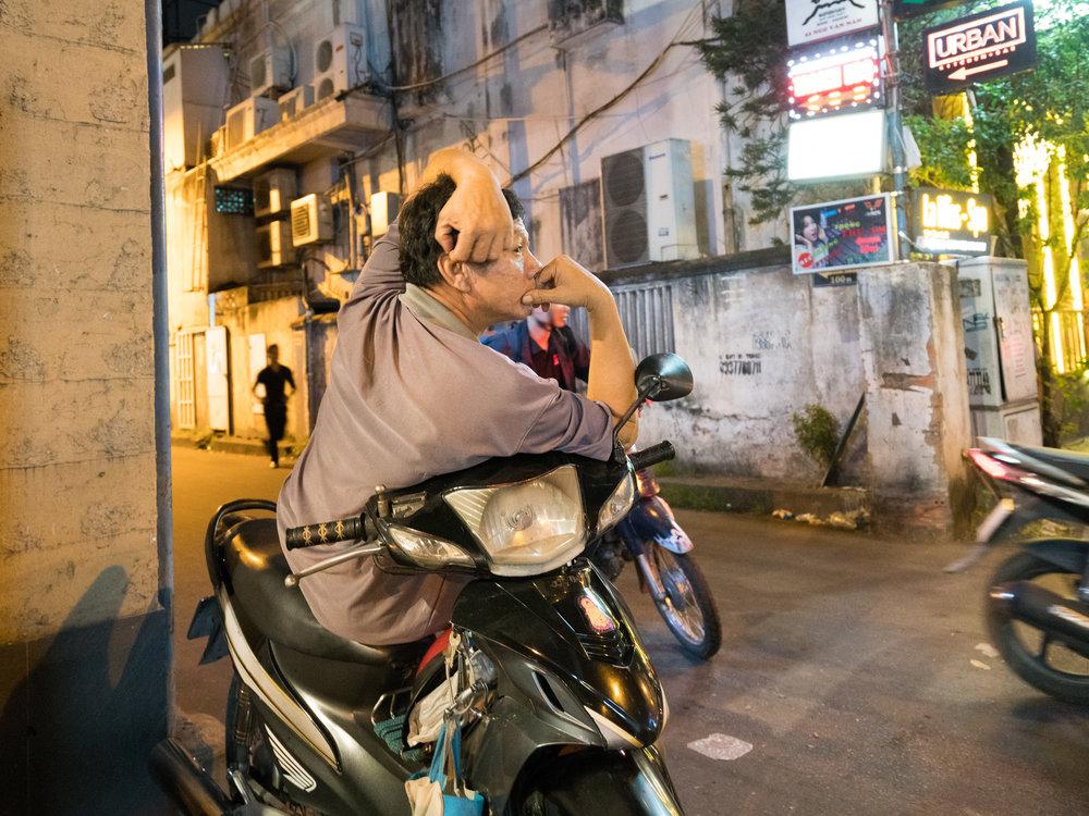 Saigon | moto man